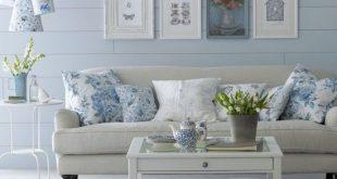 Floral Blue Living Room Diese Farbpalette in frischem Blau und Creme