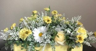 Yellow Roses and Daisy floral arrangement/Decorative Wood Box centerpiece/ Spring/Summer/Mother's Day