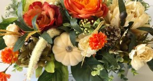 Farmhouse Style Fall Floral Arrangement | Fall Floral Arrangement | Autumn Floral Centerpiece | Farmhouse Floral Arrangement