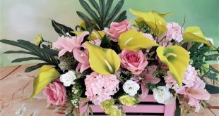 Large Floral Centerpiece, Flower box, Flower arrangement in tropical style, Spring and Summer home decor, Roses, lilies & calla centerpiece