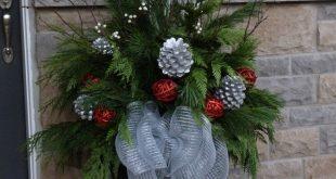Weihnachtspflanzgefäß von Ana Mateus #Weihnachten #Dekorationen #Outdoor Sherman Finan